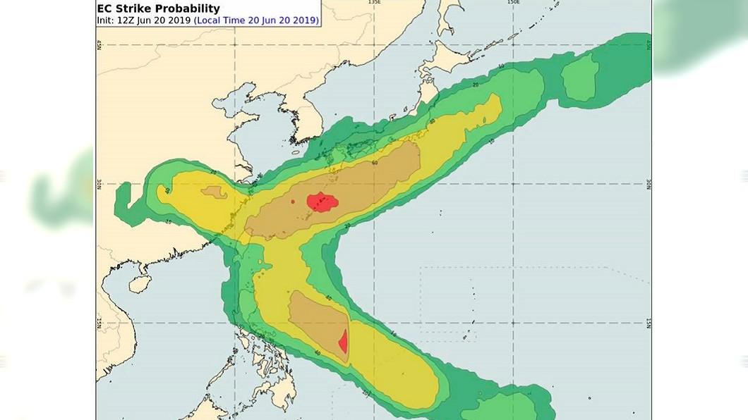 彭啟明表示,未來需要多留意菲律賓東方海面,接下來幾天將持續發展,有機會生成颱風。圖/翻攝自彭啟明臉書
