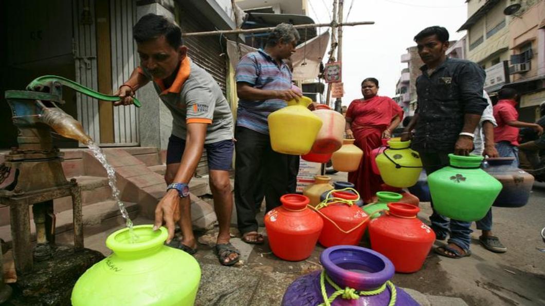 圖/達志影像路透 印度缺水危機惡化 清奈四水庫見底