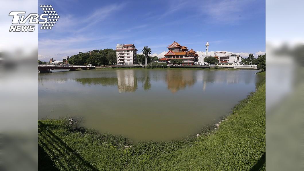 高雄市金湖獅。圖/中央社 專家指拉高湖水位無助滅病媒蚊 高市衛生局反駁