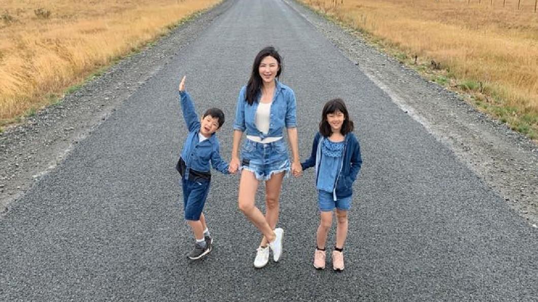 Cardin打預計帶孩子到美國參加夏令營。圖/翻攝Cardin卡登媽咪&千川二寶臉書