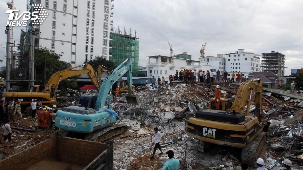 圖/達志影像美聯社 柬埔寨中資施工大樓倒塌釀24死 料已無生還者
