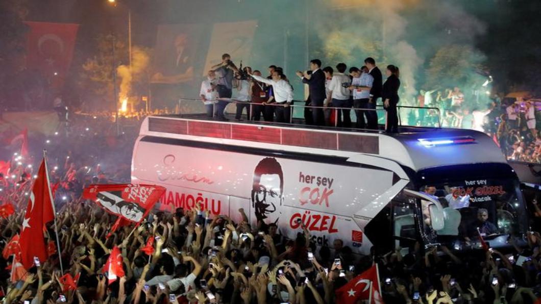 圖/達志影像路透 奧步失靈!伊斯坦堡市長重選 執政黨又輸