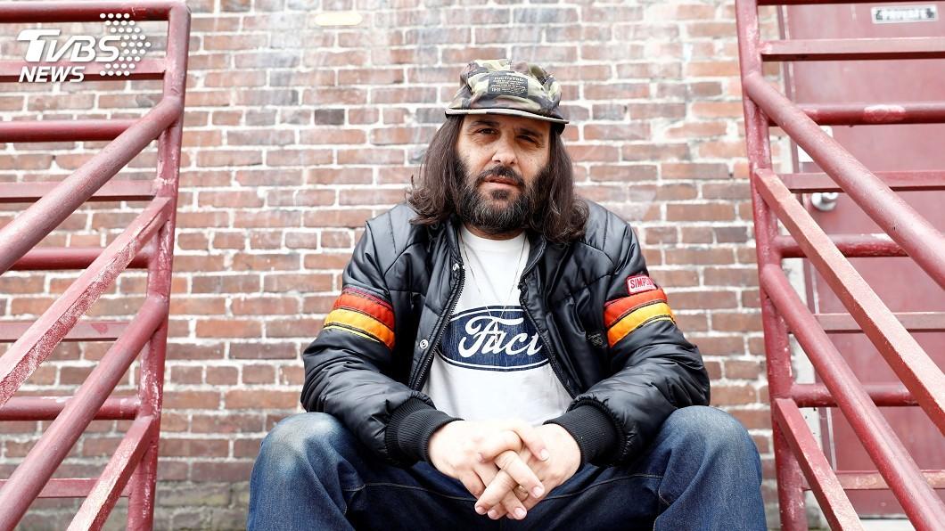 圖為洛杉磯藝術家兼設計師布魯內提(Erik Brunetti)。圖/達志影像路透社 他以F開頭類髒話字眼為商標 美最高法院准了