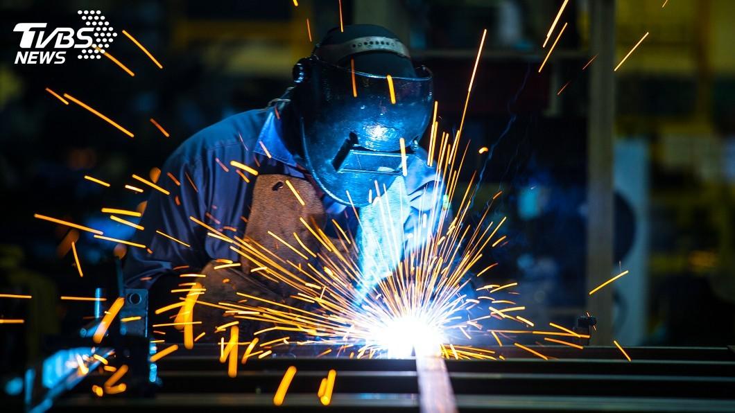 示意圖/TVBS 美中貿易戰突升溫 5月製造業營業氣候測驗點下滑
