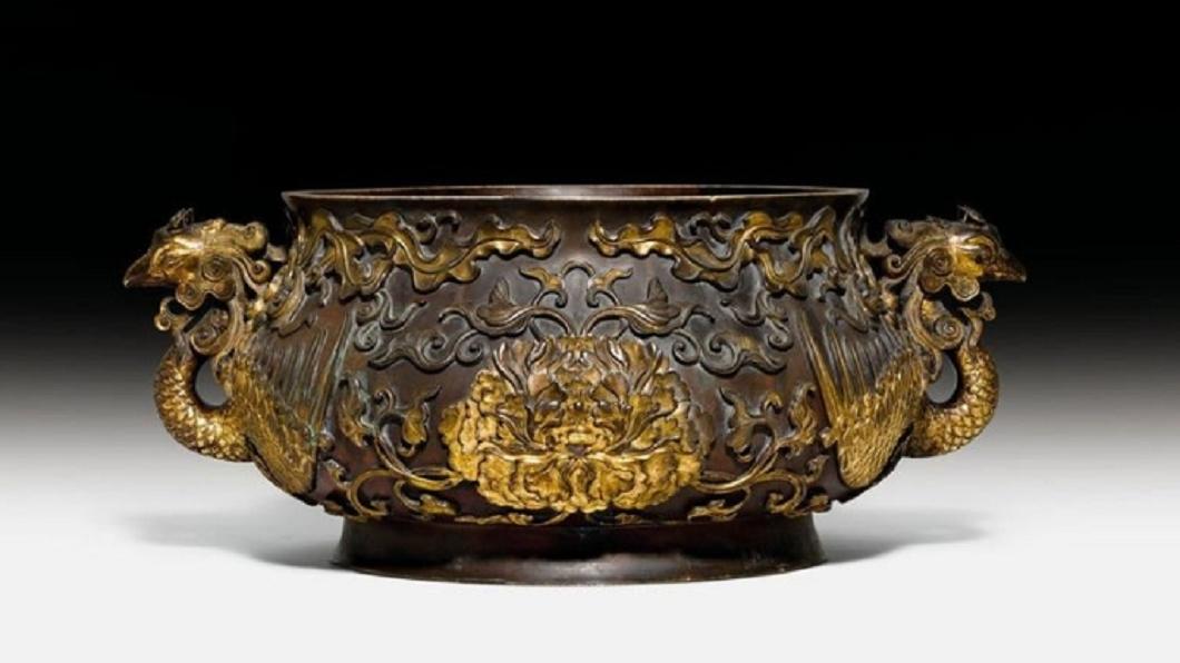 圖/翻攝自Koller Auctions IG 這家人用「銅碗」裝雜物 竟是億元古董專家驚呆