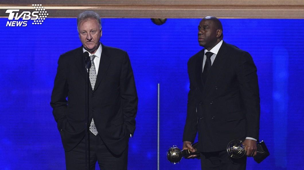圖/達志影像美聯社 死敵兼麻吉 魔術強森、博德雙獲NBA終身成就獎