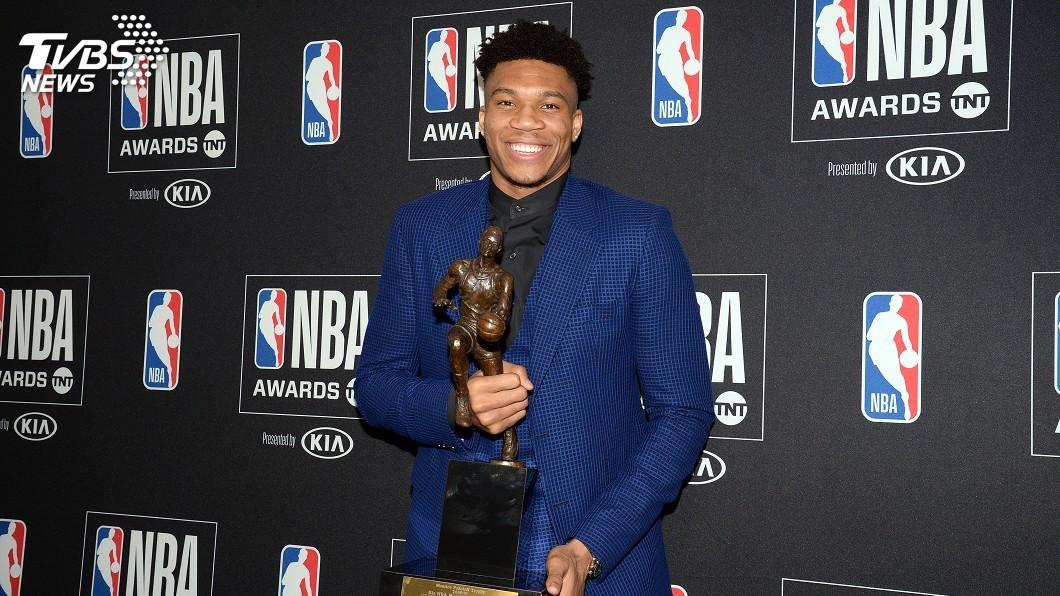 圖/達志影像路透社 NBA年度頒獎 字母哥MVP、唐西奇最佳新秀