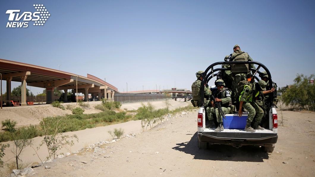 圖/達志影像路透社 替美國擋移民 墨西哥在邊境部署1.5萬名軍人