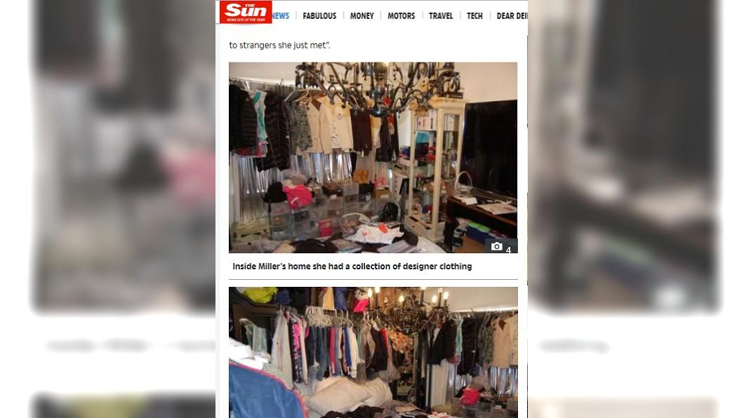 女子家中被發現有許多昂貴名牌服飾。圖/翻攝自太陽報