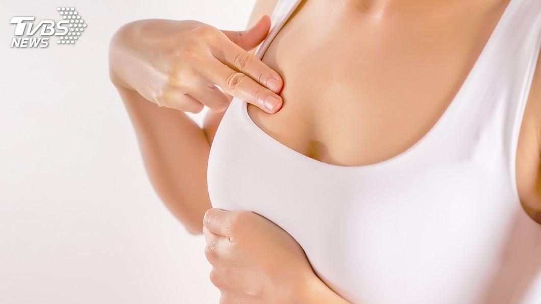 多數女性都希望自己的胸部可以傲人一些。(示意圖/TVBS) 46歲人妻胸部狂up 比頭還大超厭世