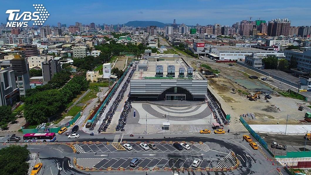 圖/中央社 台鐵鳳山站周邊推「增額容積」 高市估進帳逾7.6億