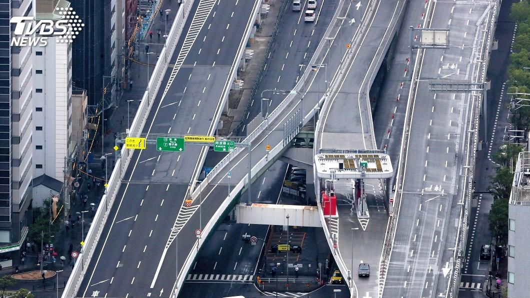 大阪部分路段封閉,停班停課,高速公路罕見淨空。圖/達志影像美聯社