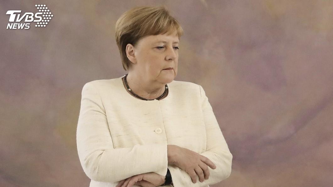 圖/達志影像美聯社 本月2度被拍到不明顫抖 梅克爾抵日參與G20峰會