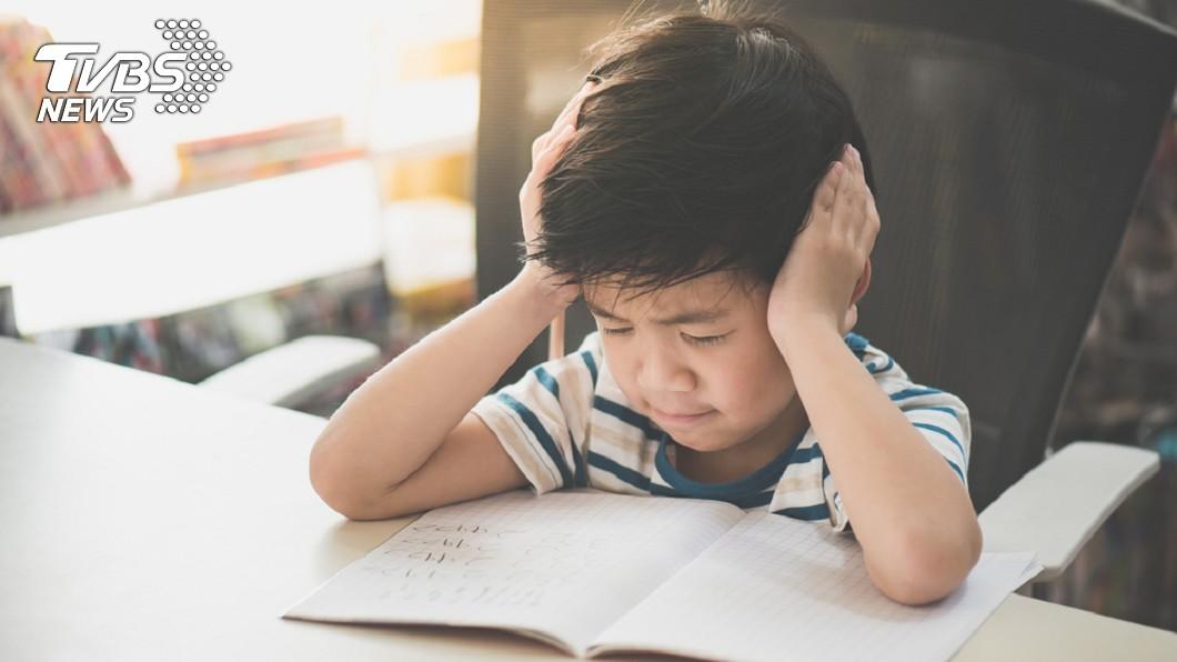示意圖/TVBS 小學生1天苦讀8小時!答不出遭父嗆…精神醫:教育虐待
