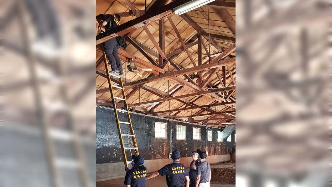 圖/中央社 舊糖廠檜木屋樑遭竊 警方查獲4人送辦