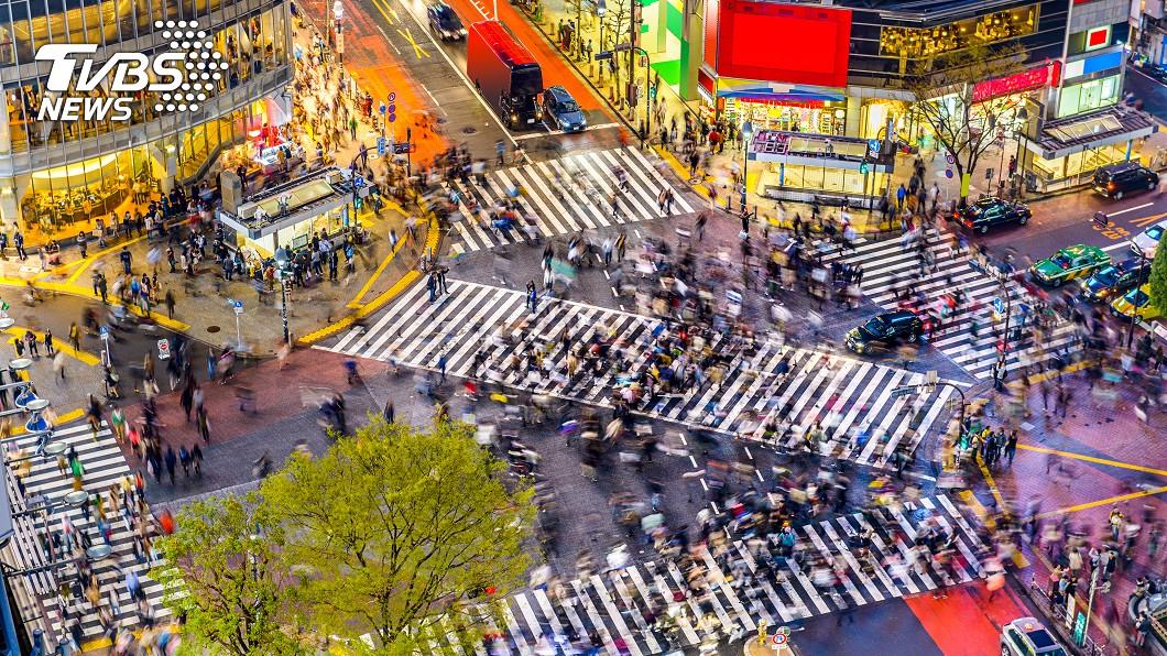 除了東京謀殺案,群馬縣4歲的橫山誘拐案;大阪熊取町9歲的吉川友梨綁架案;新瀉市計程車司機謀殺案,日本警方也都延長結案時間,並祭出高額懸賞金,希望早日將兇手繩之以法。 圖/shutterstock