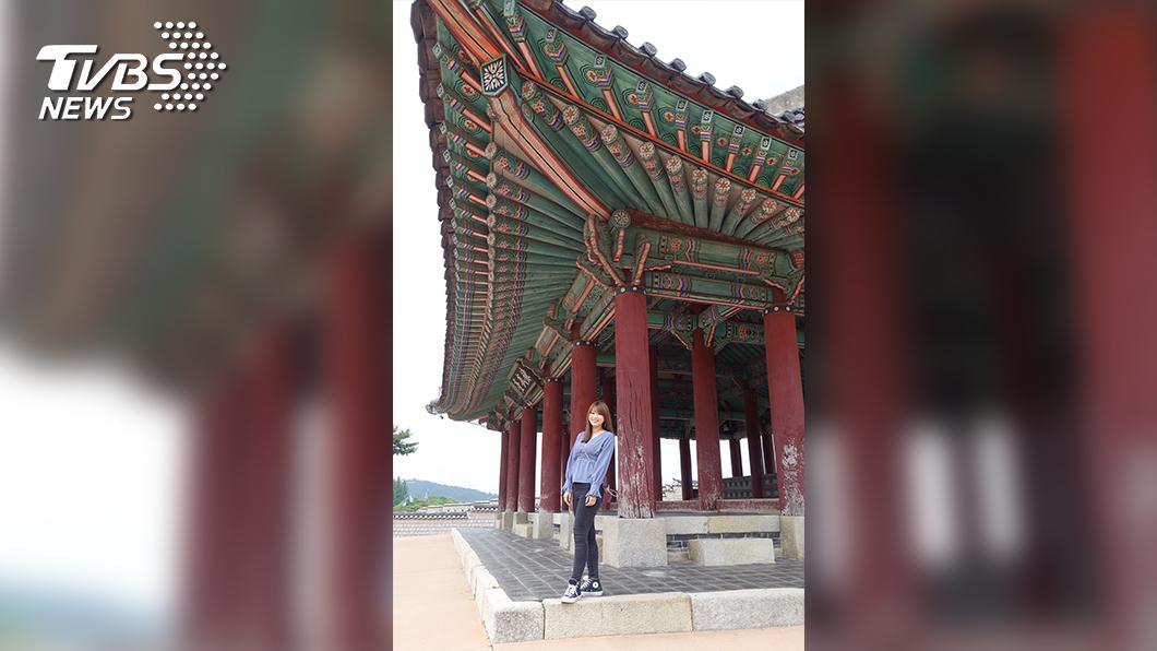 黃星樺首次到韓國,特地走訪水原華城的練武台及許多歷史古蹟景點。(圖/TVBS)
