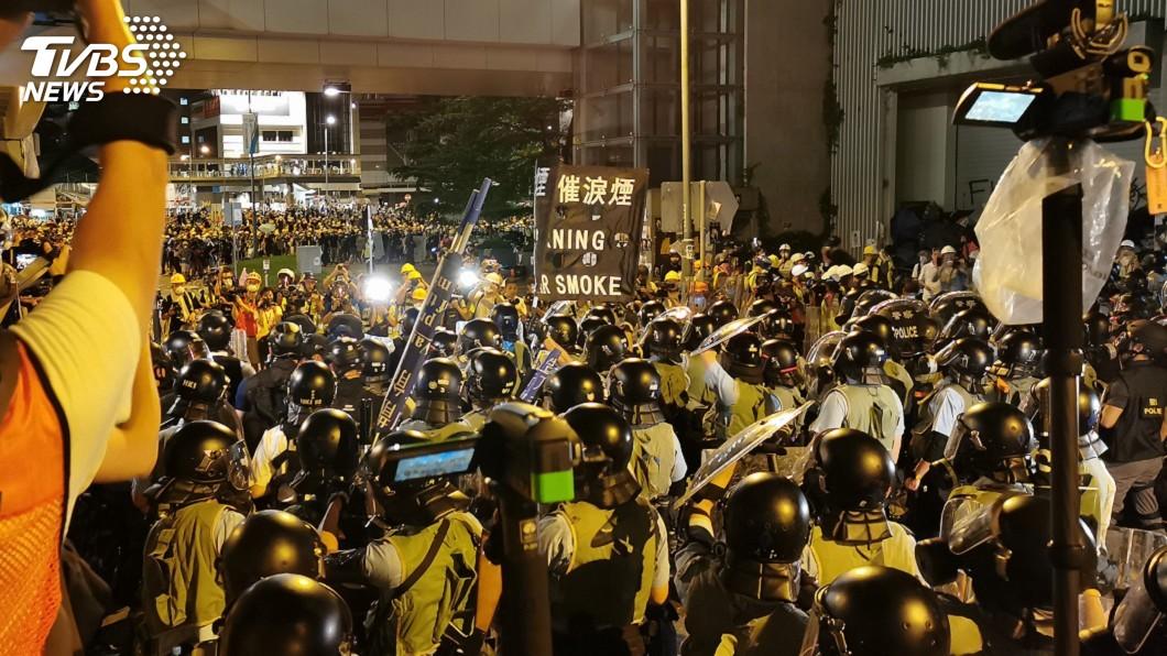 圖/中央社 香港太陽花示威 英媒:中國反應全世界都在看
