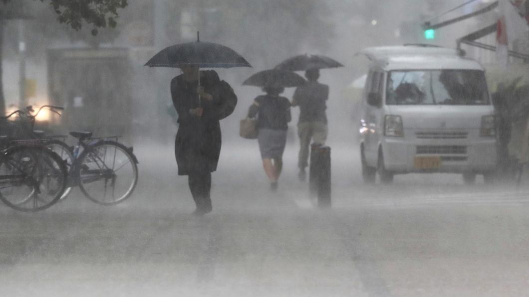 圖/達志影像美聯社 日本九州豪雨狂下 一天降一個月雨量