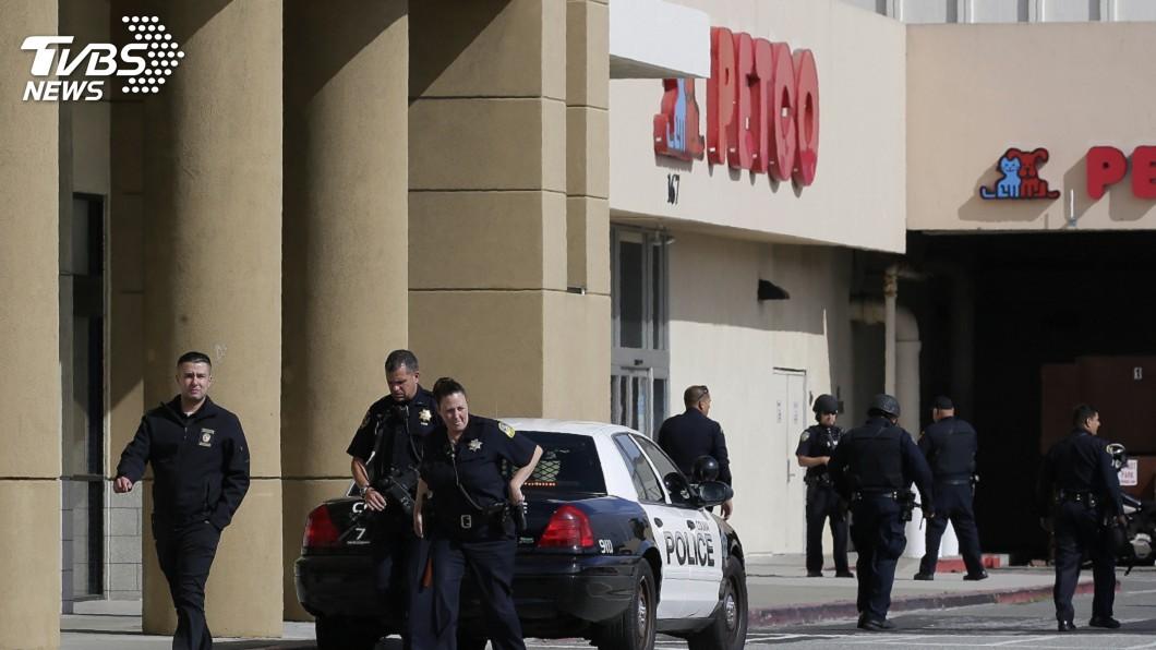 圖/達志影像美聯社 舊金山商場驚傳槍擊 至少4人受傷