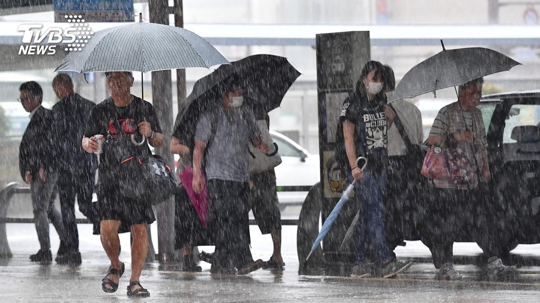 圖/達志影像美聯社 一天恐降整月雨量 日本九州百萬人疏散