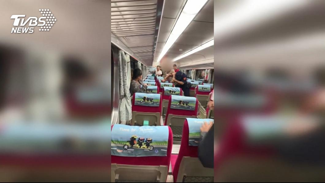 圖/TVBS 嘉義自強號鐵路警遭乘客刺傷 輸血1萬多CC仍不治