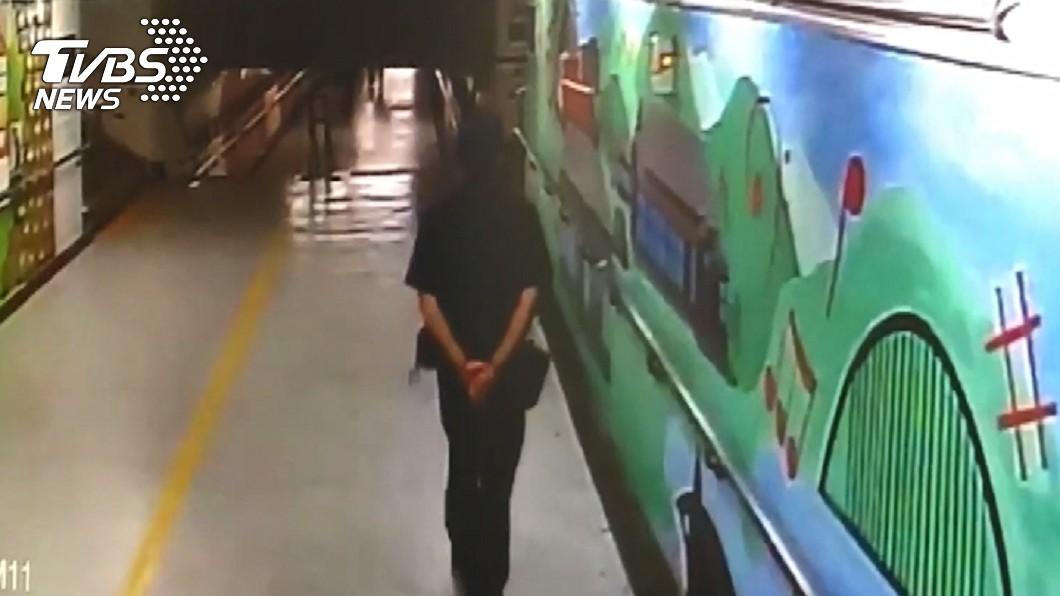 員警李承翰昨晚獲報前往月台處理票務糾紛,沒想到卻遇上憾事,令人不勝唏噓。圖/TVBS