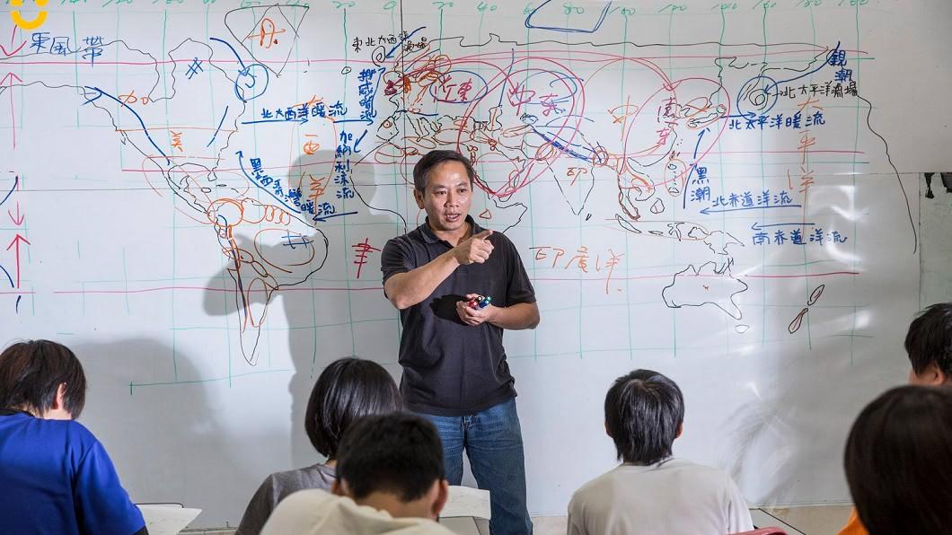 孩子的書屋創辦人陳俊朗過世 享年55歲(圖/翻攝自孩子的書屋臉書)