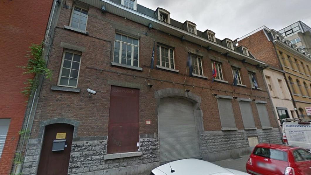 位於比利時的紅藍同志俱樂部(Red & Blue Club)。圖/翻攝Google Map 變性成功竟遭3男侵犯 她狠咬「那裡」脫身