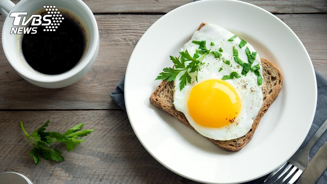 示意圖/TVBS 每天吃蛋+喝咖啡 專家曝驚人效果:可降低這「病」風險