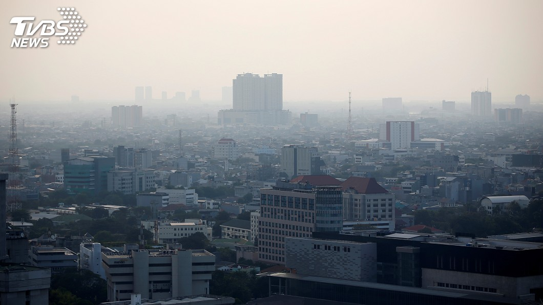 圖/達志影像路透社 空氣汙染不斷惡化 雅加達居民控告印尼政府