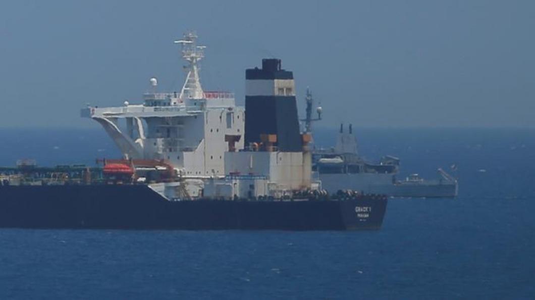 圖/達志影像路透 英軍突襲扣大型油輪 伊朗怒召見大使