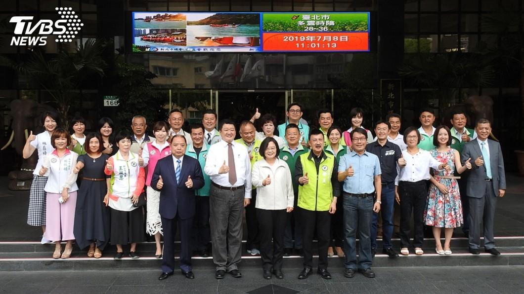 圖/中央社 蔡總統與新北議員便當會 深入了解基層民意