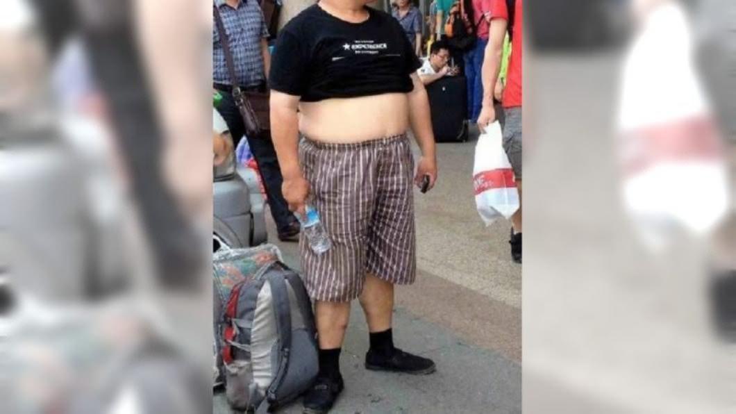 圖/翻攝自 曾经的道哥微博 中國大陸多地禁大街上「打赤膊」勸不聽祭罰款