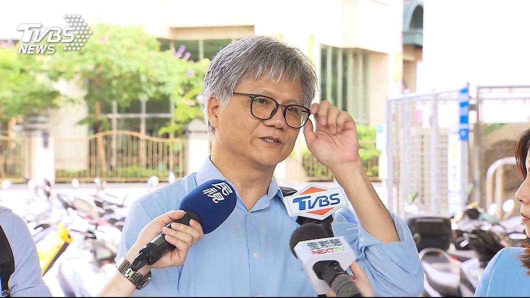 圖/TVBS 沒推蜂蜜檸檬也沒唱歌 吳蕚洋組白色聯盟
