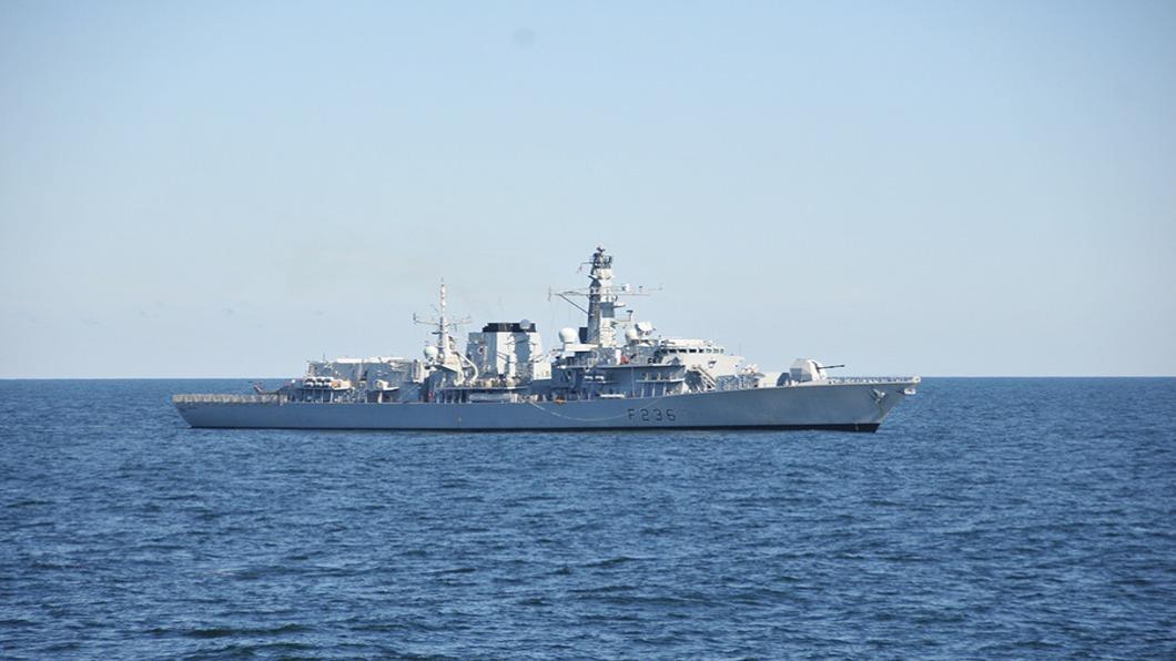 圖/達志影像路透 英國油輪波灣遭圍 英軍護航.逼退伊朗