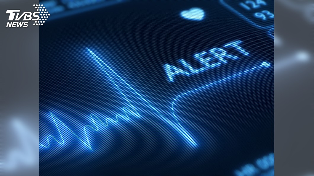 示意圖/TVBS 遭蜂螫心臟停跳50天 她成功換心從死神手中撿回一命