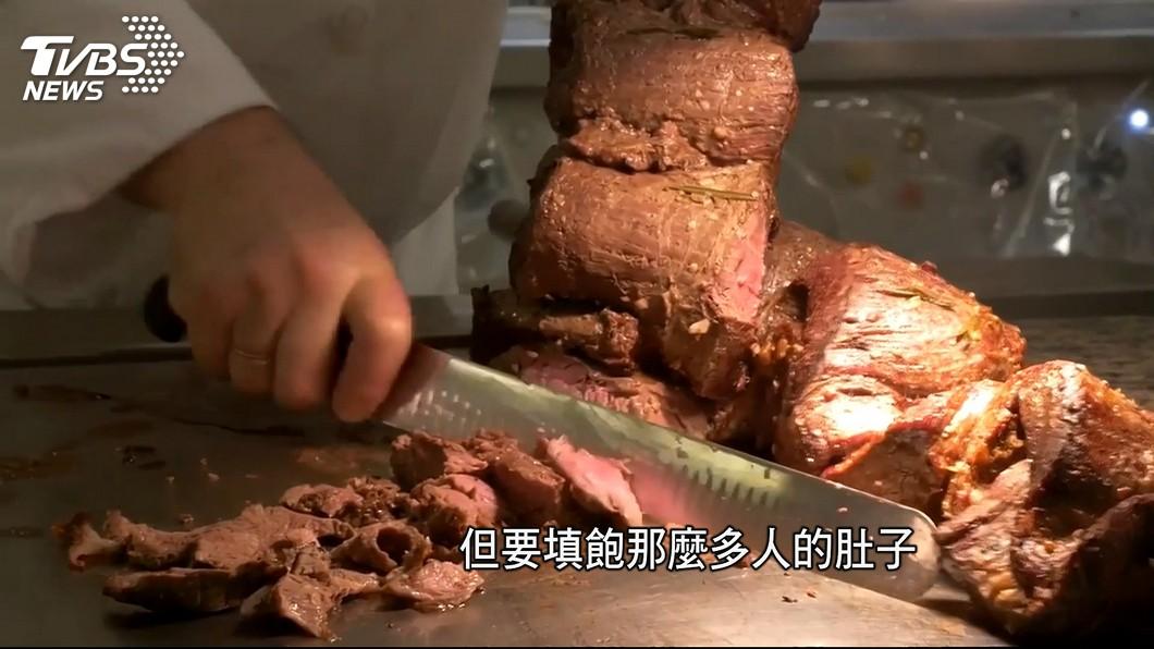 圖/TVBS 移動城堡!遊輪不能開火 廚房備餐大不易