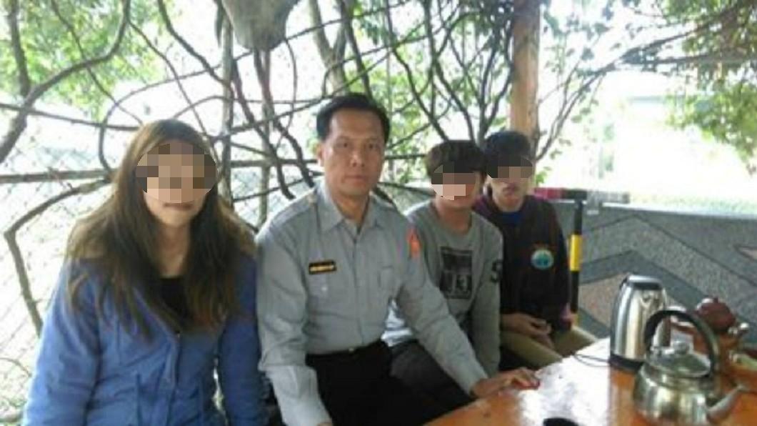 胡傳明所長對4名孩子視如己出。圖/宜蘭縣政府警察局蘇澳分局提供