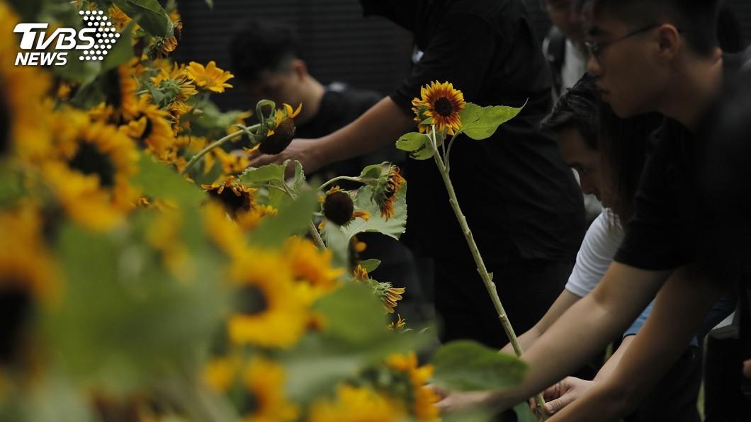 圖/達志影像美聯社 反送中遭武力驅趕 7港媒上街捍衛新聞自由