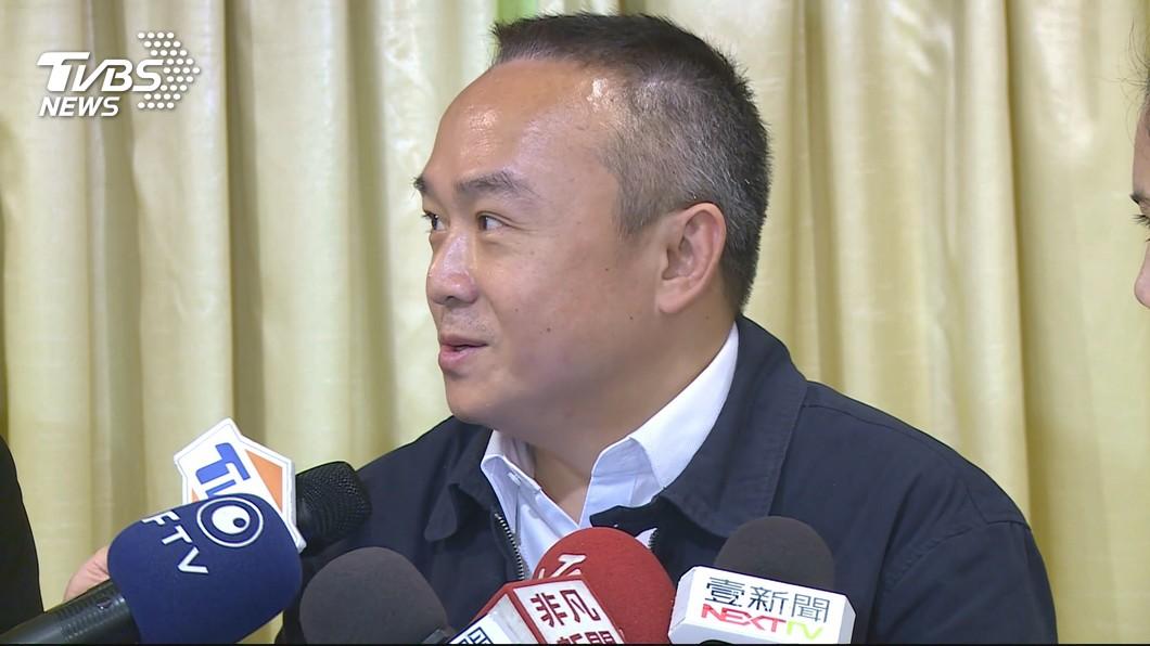 高雄市觀光局長潘恆旭對於市長會贏得黨內初選胸有成竹。(圖/TVBS) 對韓國瑜勝出超樂觀 潘恆旭回韓粉:大選會贏
