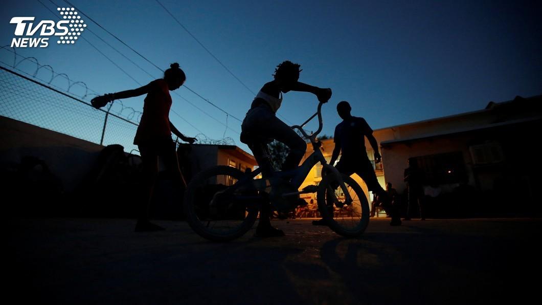 圖/達志影像路透社 川普驅逐移民行動展開 雷聲大雨點小無人遭捕