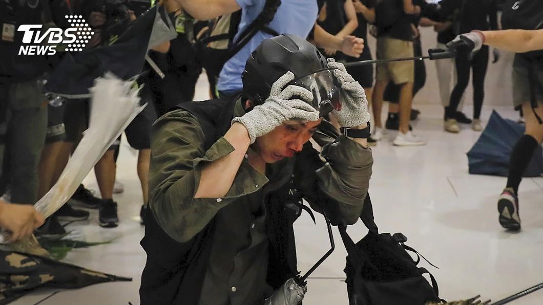 圖/達志影像美聯社 業者有無報警? 數百人赴沙田百貨商場求真相