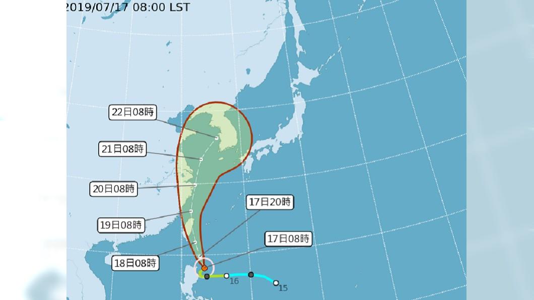 圖/中央氣象局 丹娜絲襲台最快今11:30發陸警 兩大降雨熱區出爐