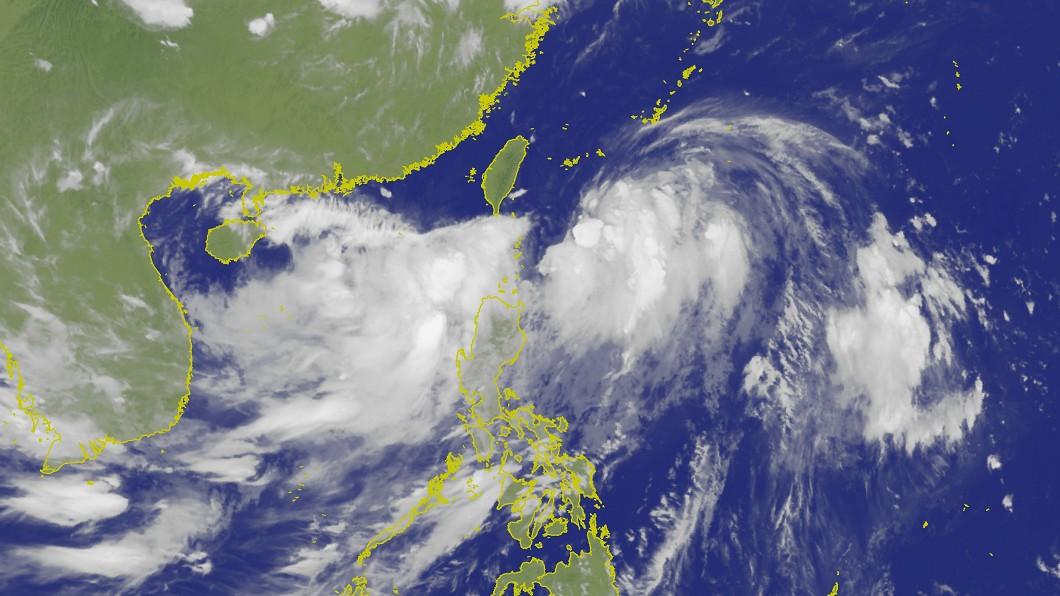 17日晚間11時衛星雲圖。圖/翻攝中央氣象局