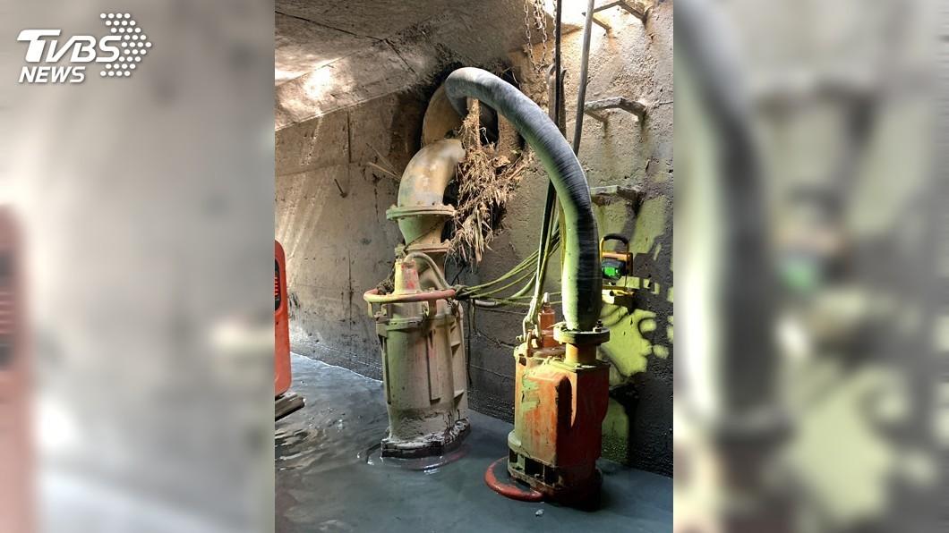 圖/中央社 高市防汛整備 低窪處預置移動式抽水機組