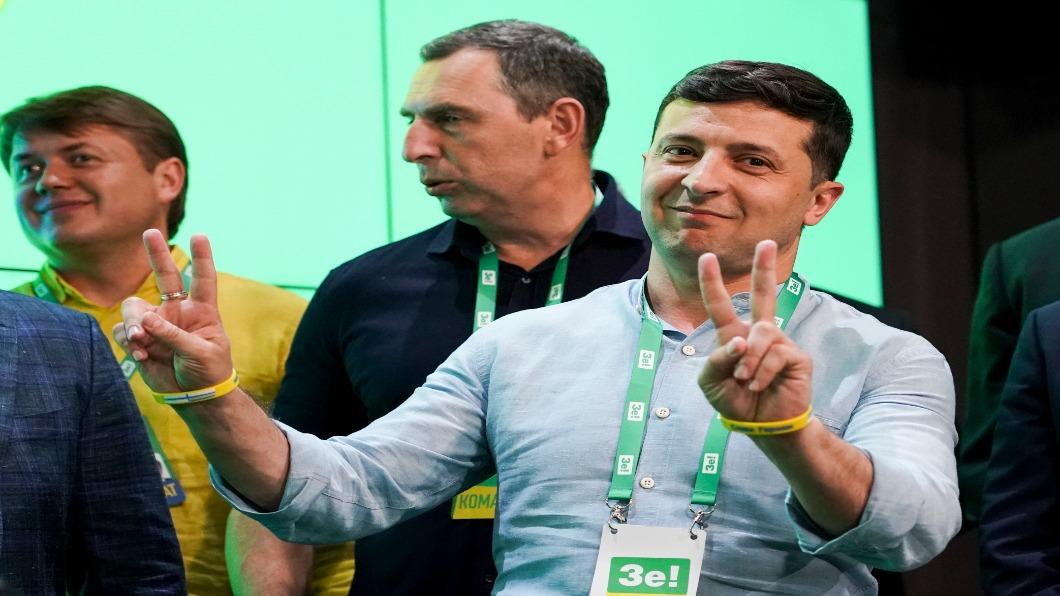 圖/達志影像美聯社 烏克蘭諧星總統握權柄 政黨大贏43%席次
