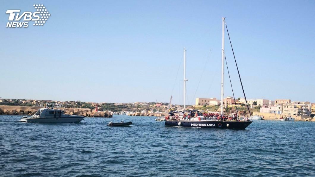 圖/達志影像美聯社 地中海今年最慘難民翻船 利比亞外海死亡上百