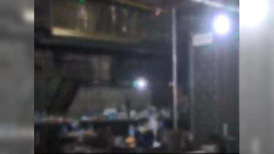 圖/翻攝自MBC News Twitter 韓光州夜店疑舞台太重崩塌 釀2死17傷