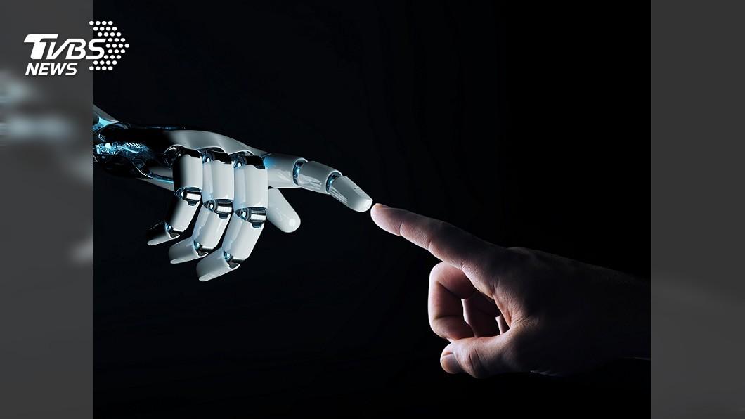 示意圖/TVBS 日本「婚活」大出奇招 機器人當起相親助攻員